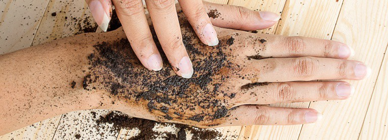 diy coffee grounds scrub