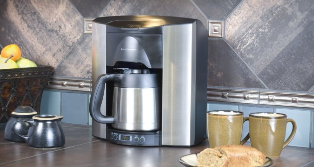 Automatic coffee maker water hookup